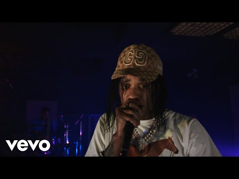 Tommy Lee Sparta – Holding On
